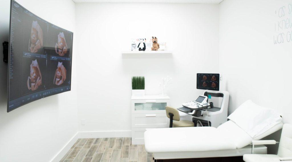 Ultrasounds room 01 / Sala de Ultrasonidos 01